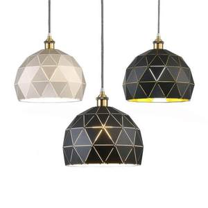 Hot sale of modern home decorative iron chandeliers/pendant lamp.Indoor decoration