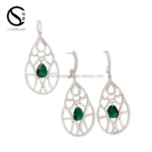 Modern Shining Zirconia Stones 925 Sterling Silver Emerald Synthetic Jewelry Set