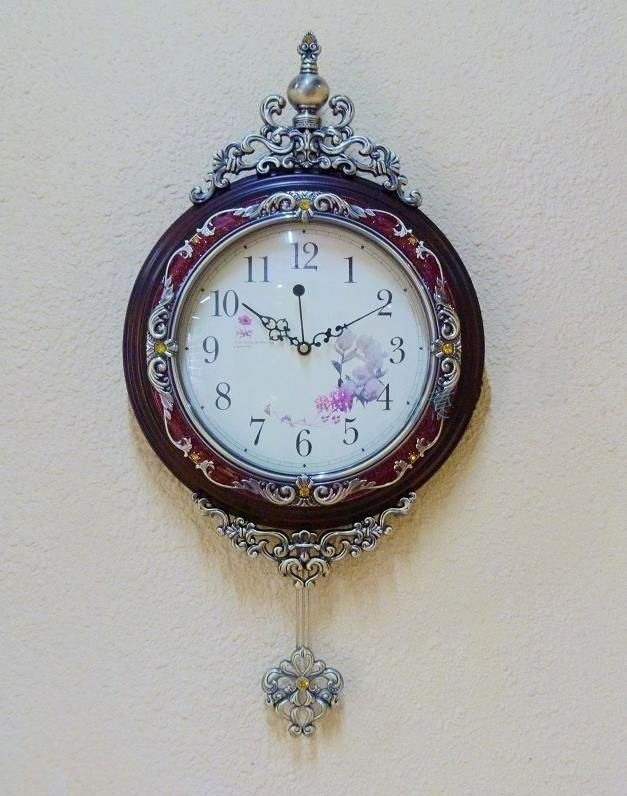 Wall clock different shape for living room
