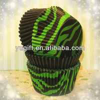 Best Selling Summer Party Green and Black Zebra Cupcake Liners Mixed with Black Solid Liners