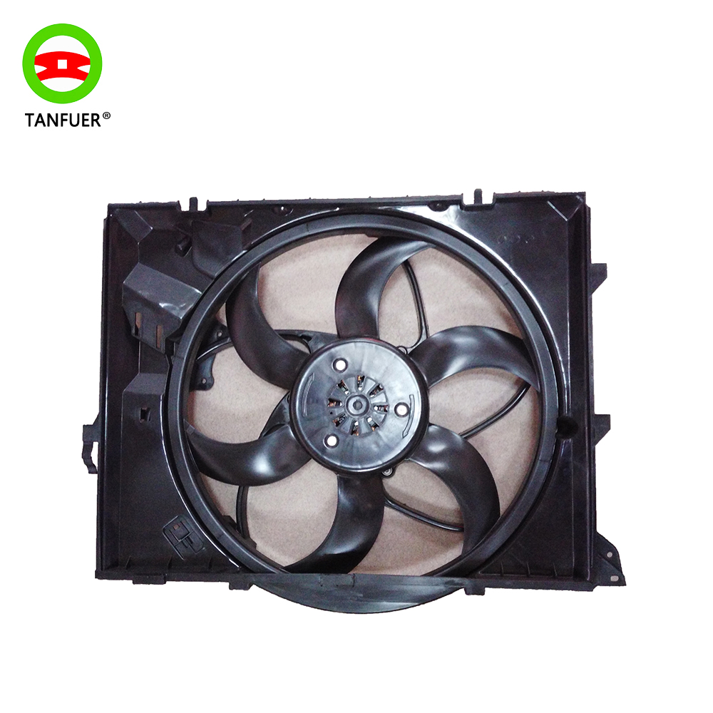 High Quality Auto Radiator Cooling Fan Assembly 1711 7590 699 for BMW E90 X1 Z4