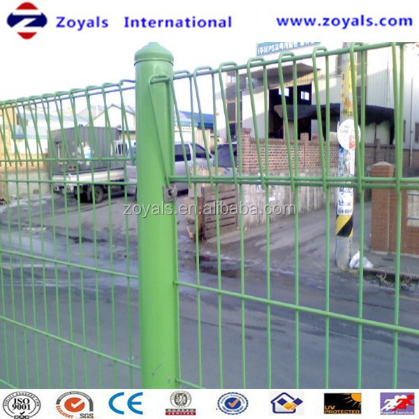 Highway Isolation Protection PVC Welded Mesh Fence