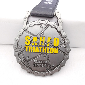 Custom sanfo triathlon finisher zamac medal chain shape carnival medal
