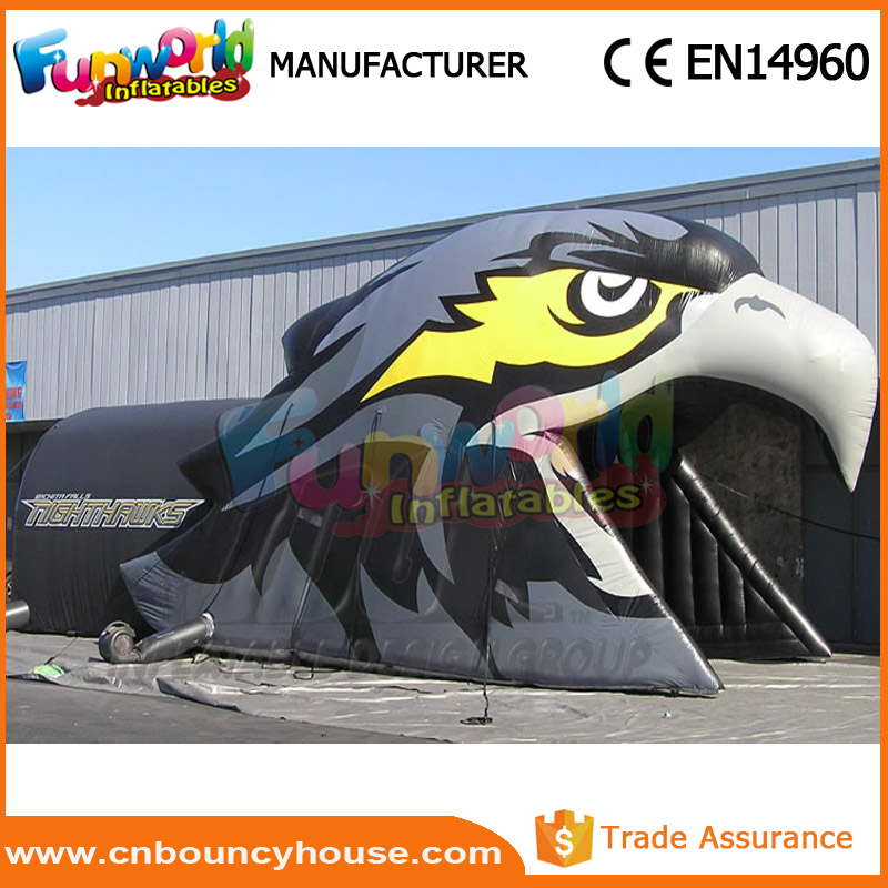 Hot sale football mascot tunnel inflatable eagle tunnel
