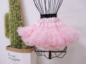 super puffy girls light pink pettiskirt birthday pettiskirt