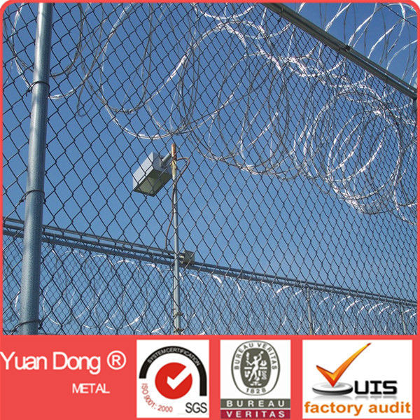 Barbed Wire Chain Link Fence, Barbed Wire Chain Link Fence Suppliers ...