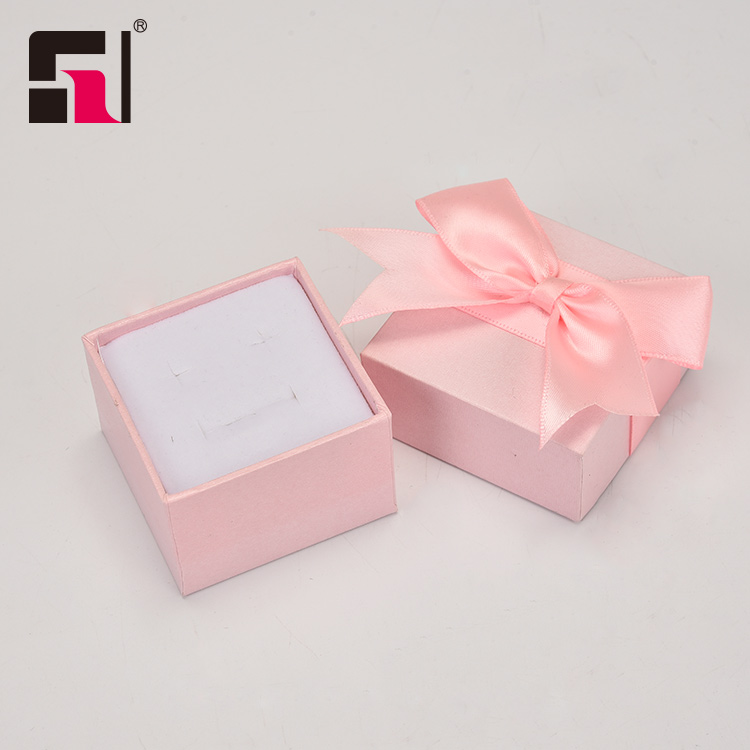 Custom light pink jewelry boxes, earring box packaging pink, ring box pink jewelry gift box