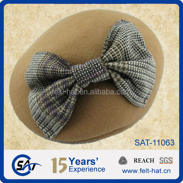 decorated wool felt ascot cap with bowtie