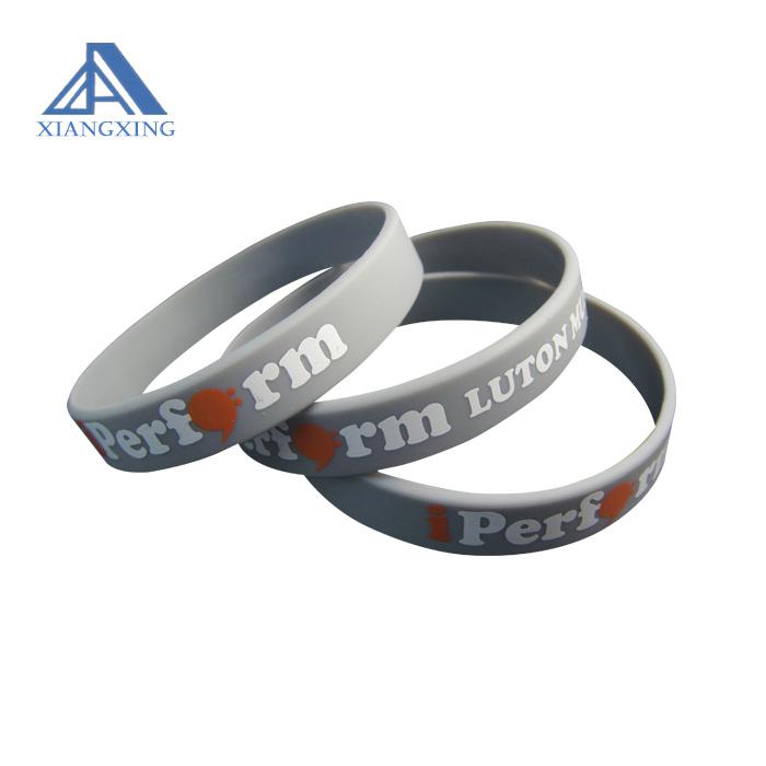 Fascia del Silicone di Stampa Logo Personalizzato Wristband Per Il Buon Prezzo