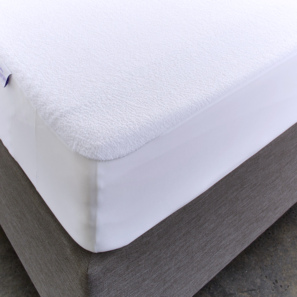 Four Corners Band Hypoallergenic Waterproof Mattress Protector