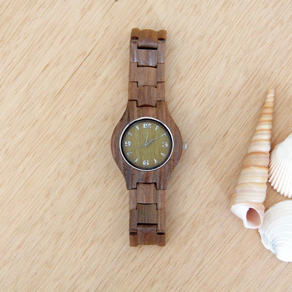 Las mujeres de madera reloj de pulsera para tu novio grabado palabras reloj madera caso