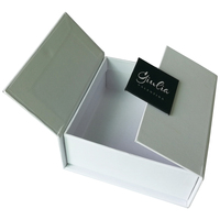 Luxury custom square white cardboard gift box with lids and high gloss white cardboard boxes packaging