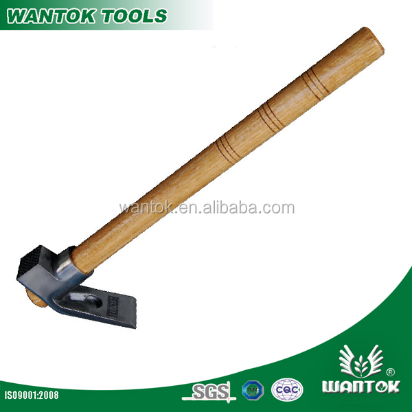 AD101H adze with wooden handle