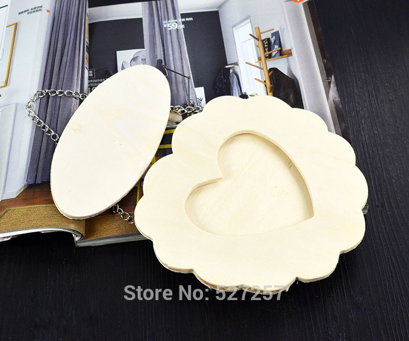 Hot Wholesale Plywood Hanging Chain Hollow Love Heart Shape Picture Photo Decoration <strong>Wooden</strong> Frame Souvenir Single Album