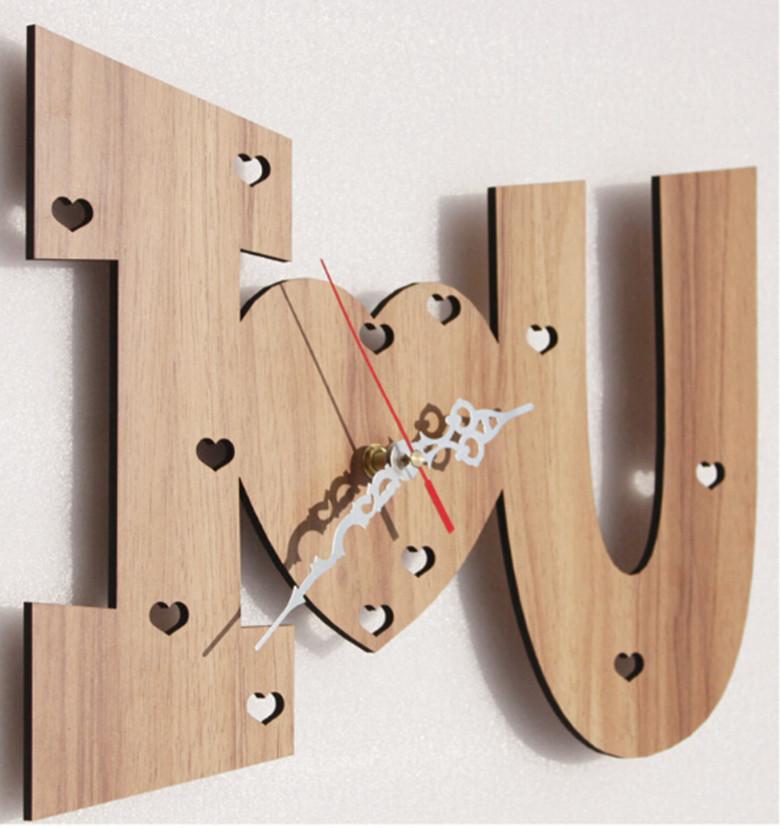 je te aime montre romantique formes 2015 nouvelle bois horloge murale moderne jardin home. Black Bedroom Furniture Sets. Home Design Ideas