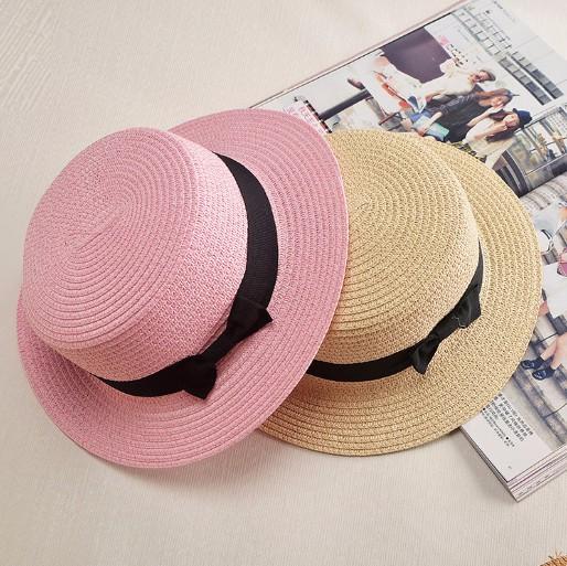 Wanita Topi Jerami musim panas topi matahari topi Pita Putaran Flat Top  untuk wanita jerami topi 5991ce4c0f