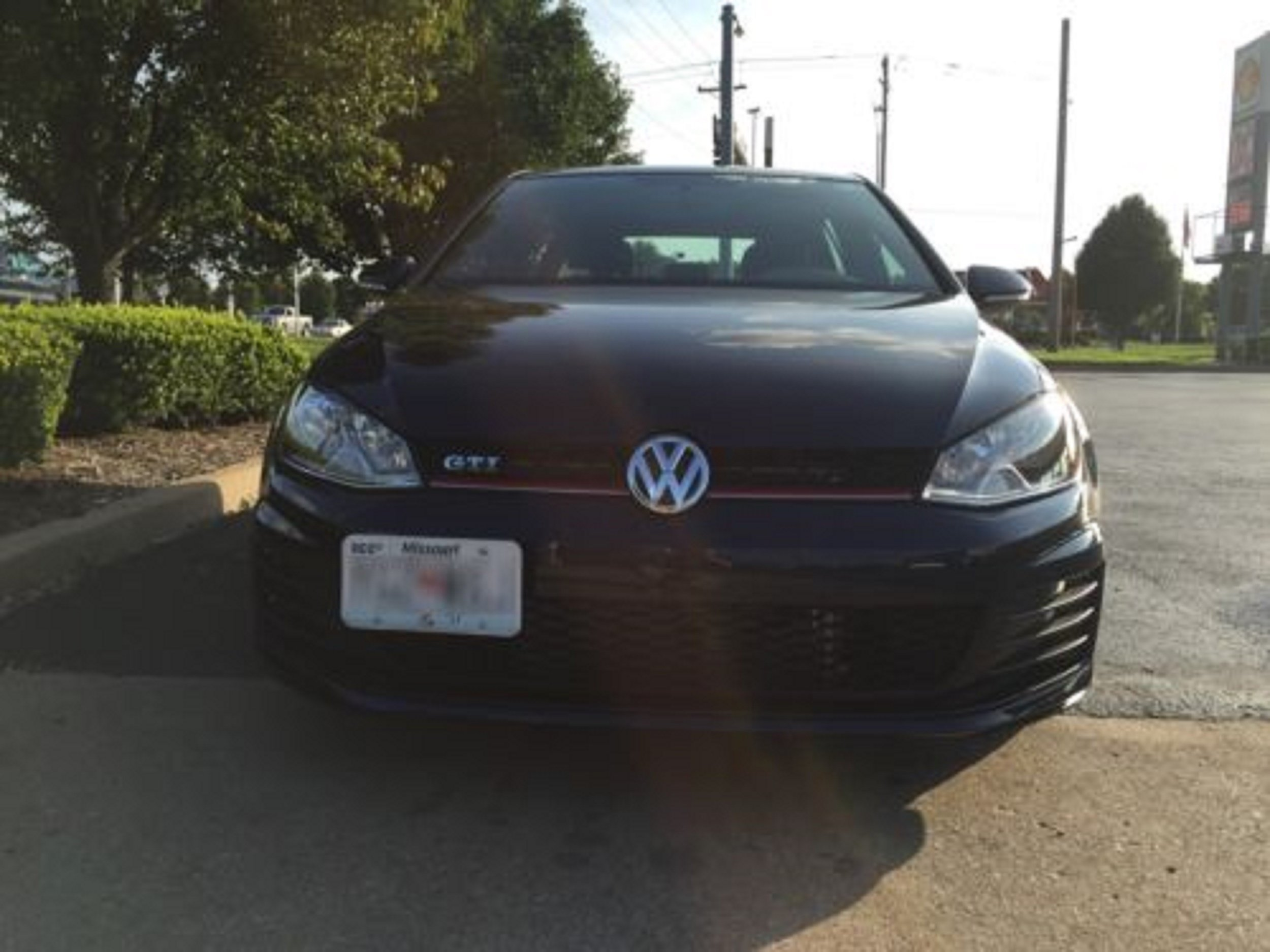 Bumper Tow Hook License Plate Mount Bracket For Volkswagen MK7 Golf GTi 2015 2016