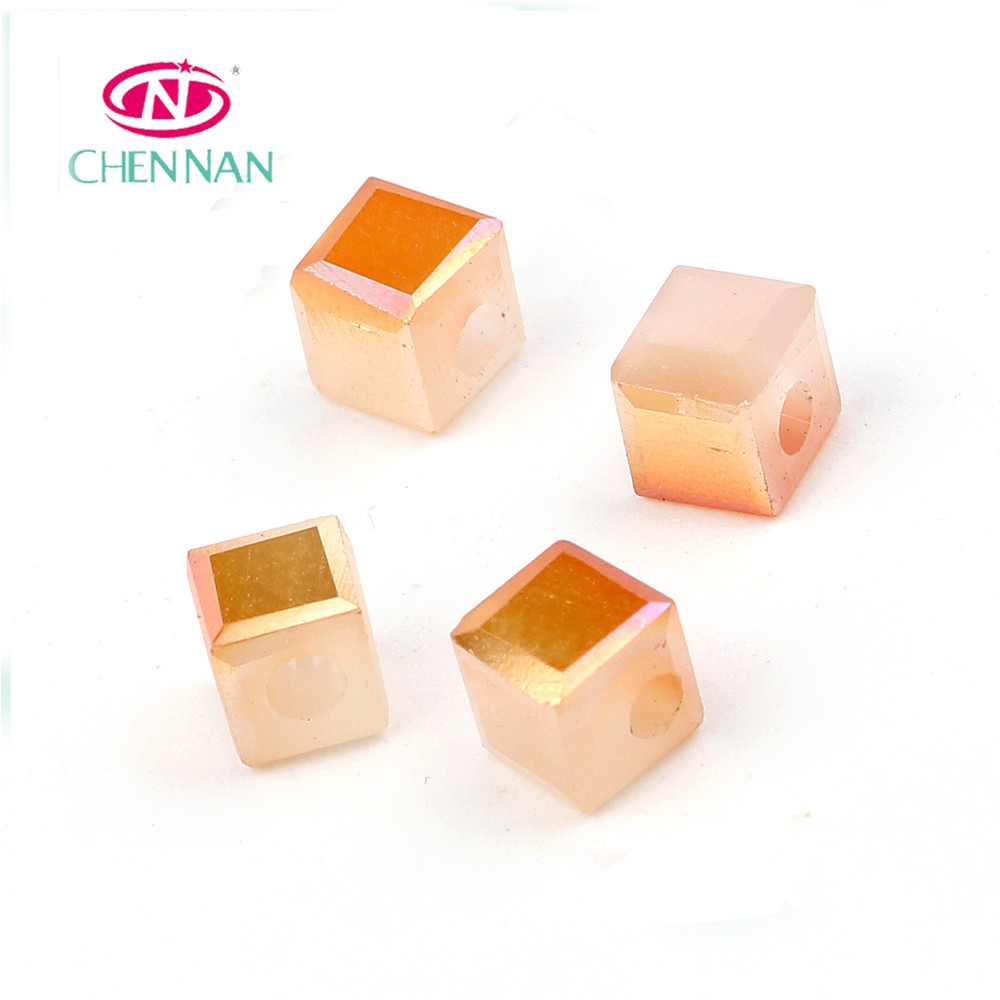 Yiwu best selling jewelry accessory bead treasures square cube crystal beads