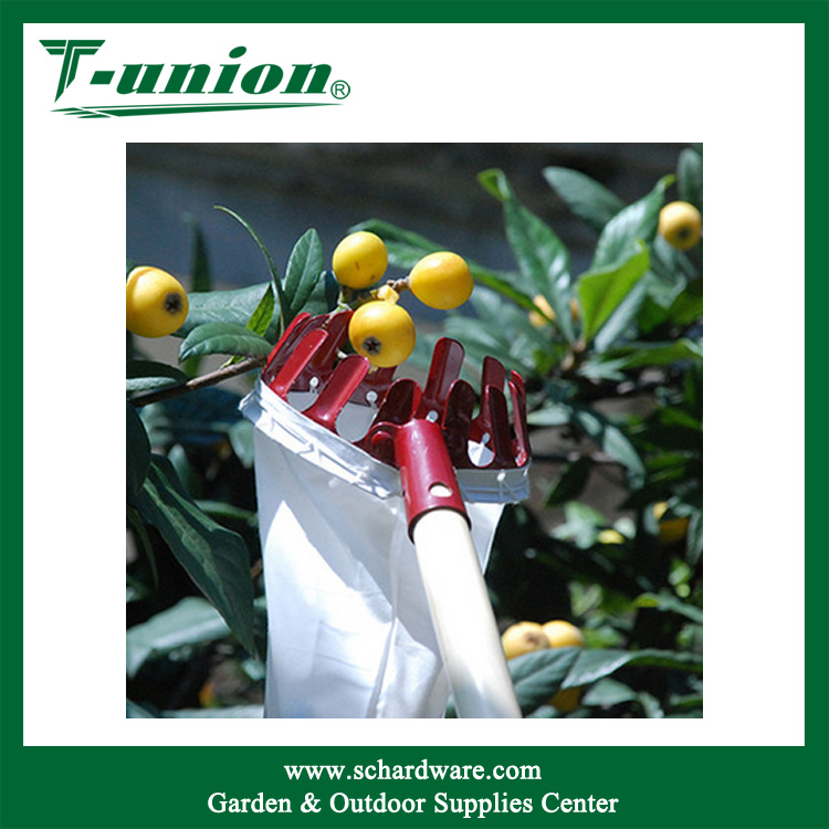 High Quality Fruits Picking Tool Iron Manual Garden Telescopic Fruit Picker