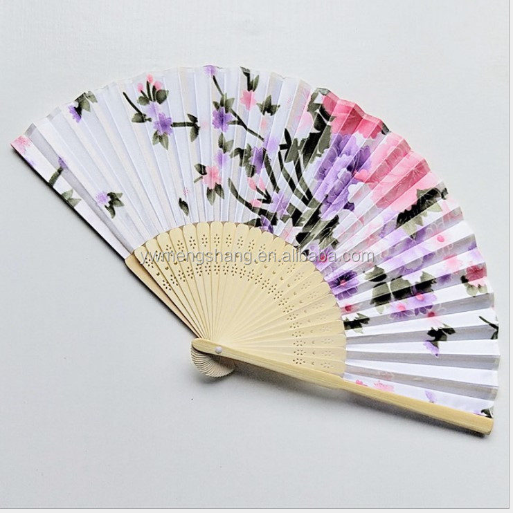 hand painted chinese foldable bamboo/wood silk fabric hand fan