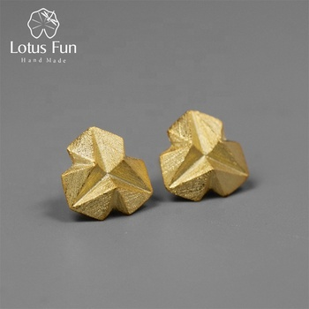 Trendy Style 925 Sterling Silver Minimalism Style Stereoscopic Triangle Gold Plated Stud Earring For Women Jewelry