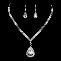 Fashion hot selling 18 k white gold plated water drop glitter luxury zircon diamond necklace earrings sets for bridal