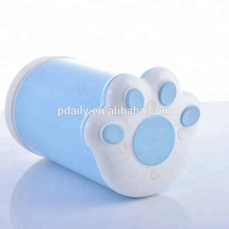 Pet Paw Cleaner Pet Cleaning Tools Products for Cleaning Pets' Dirty Foot after Outdoor Walking