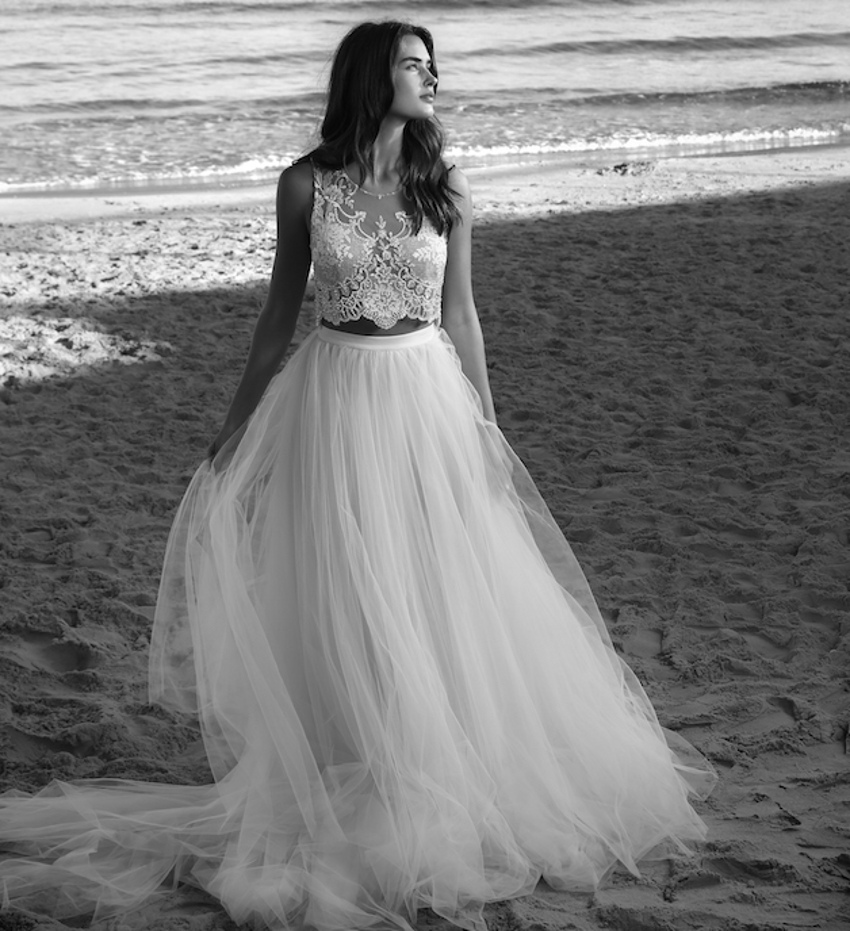 Stunning 2016 Two Piece Beach Wedding Dress Tulle Bridal
