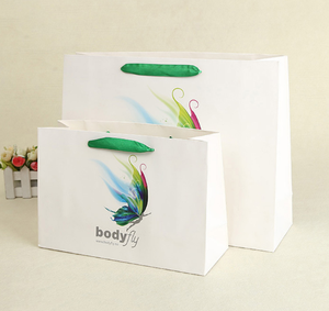 Producing customized shopping bags gift wrapping custom made logo