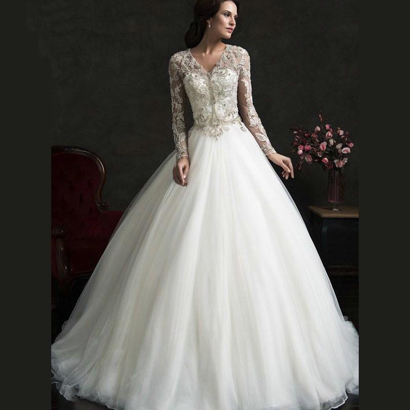 Modest Wedding Dresses: Vintage Lace Bridal Dresses With Pearl V Neck Beading