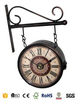 52706bbfbf1 Antigo Relógio Da Estação Balanço Antigo Relógio Relógios Antigos ...