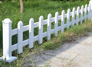 Steccato Giardino Plastica : Steccato bianco giardino recinzioni da giardino recinzioni da