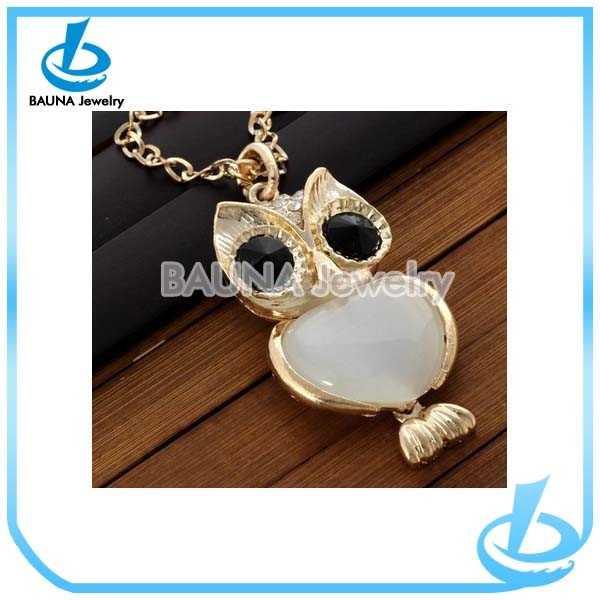 Fashion elegant funny owl shape large crystal stone necklace
