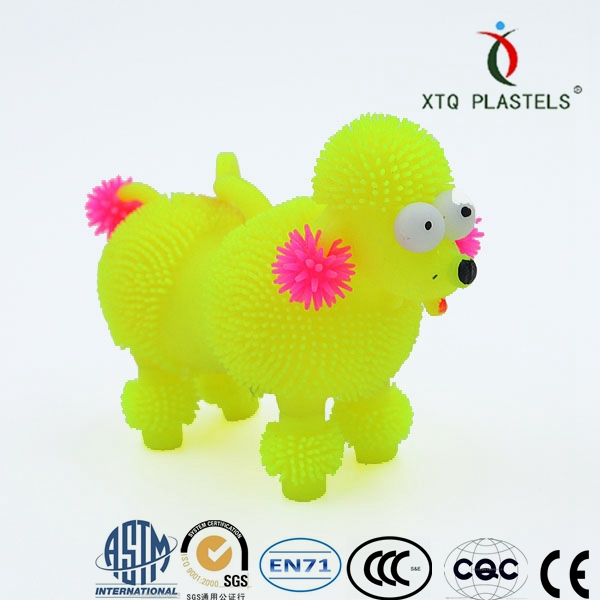 New design plastic toy for kids puffer dog