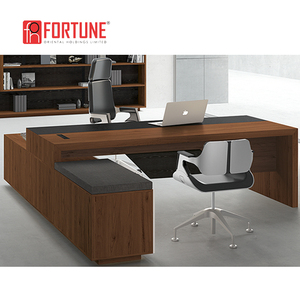 Custom Package Solution Classic Style Office Boss Desk Executive for Boss