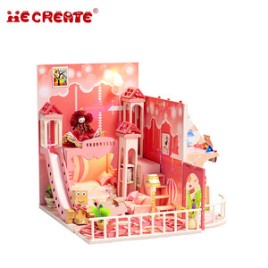 Education toy creative 3d diy miniature princess toy doll house for sale,girls doll house set