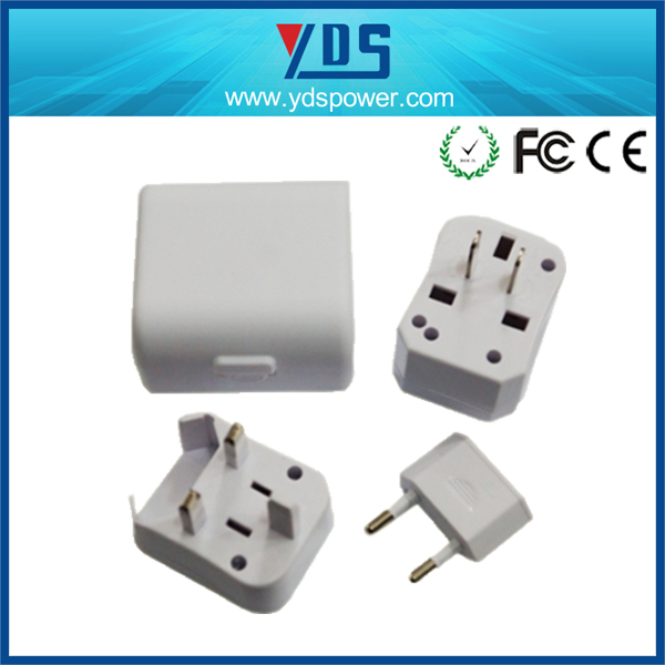 NEW Arrival Mini size 3 in 1 adapter universal travel adapter with travel plugs for UK, US,EU,AUS type