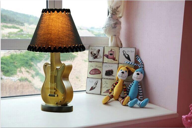 online kaufen gro handel gitarre lampe aus china gitarre. Black Bedroom Furniture Sets. Home Design Ideas