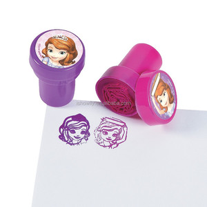 2017 High Quality Hot Sale Funny Creative Assorted Colored Cheap Plastic Novelty Sofia the First Mini Stampers with Rubber Stamp