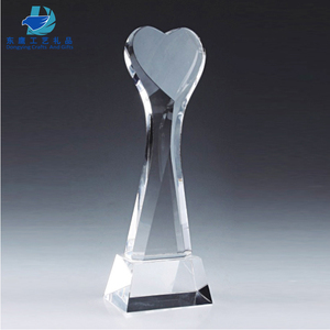 Fantasy Heart Shape Crystal Trophy For Customized Logo Engraving