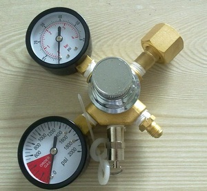 "Brewery equipmentEconomical CO2 Dual Gauge Regulator with 1/4""MFL Checkvalve, Homebrew CO2 Regulator, 0~2000psi, 0~60psi, CGA320"