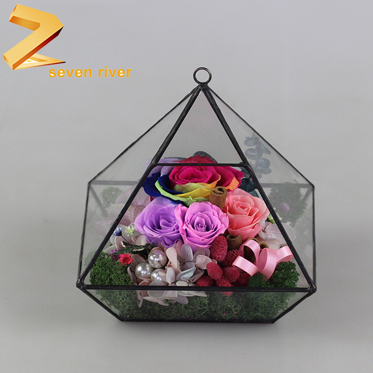 2018 Factory direct sale Diamond shaped glass house Valentine's Day gifts artificial preserved flower
