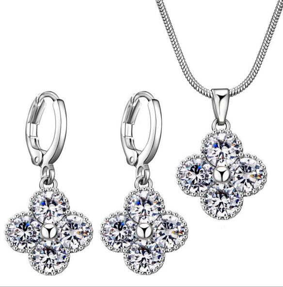 KSET024 Huilin Jewelry Sparkling AAA CZ Cubic Zirconia White Rhinestones Women Jewelry Sets Necklaces Pendant Stud Earrings