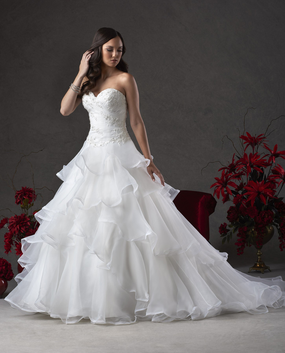 Sweetheart Lace Wedding Dress: New Tiered Appliques Wedding Dress Elegant Sweetheart Lace
