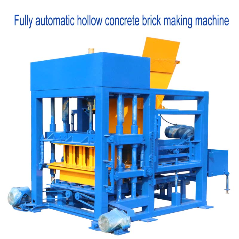 Fully automatic vibrating feeding material concrete block machine in South Africa