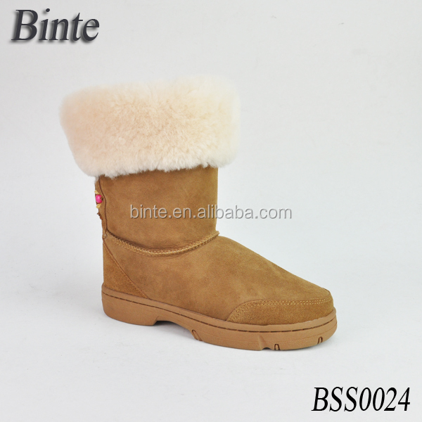2017 China newest simple boots with fur fashion boot furry boots with unique laces on the back