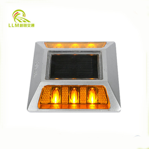 Solar aluminum reflective road stud/road cat eye/safety road marker reflective road marking studs led reflector