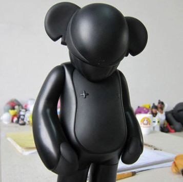 Rare black adfunture vinyl art sculpture like kaws kidrobot