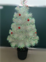 Promotional Pre-lit Mini White Christmas Tree With Red Berries, Cheap and Durable Crismas Tree