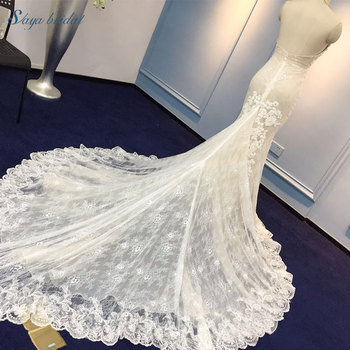 Customized size white sexy long tail wedding dress with necklet